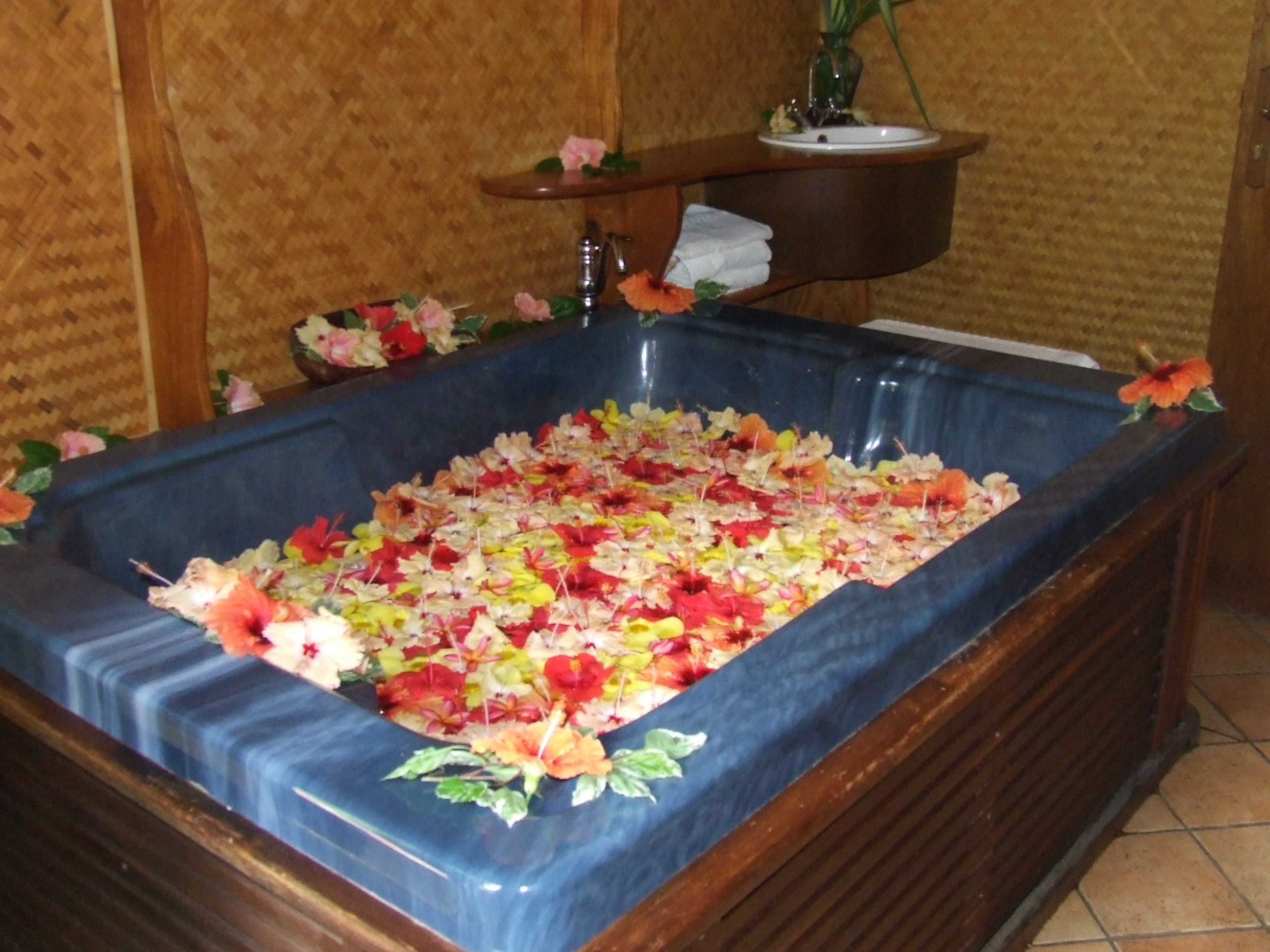 Sea Goddess Virtual Tours » Blog Archive » Helene Spa Flower Bath